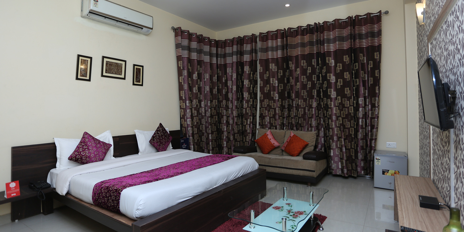 istay- best hotel in gurgaon